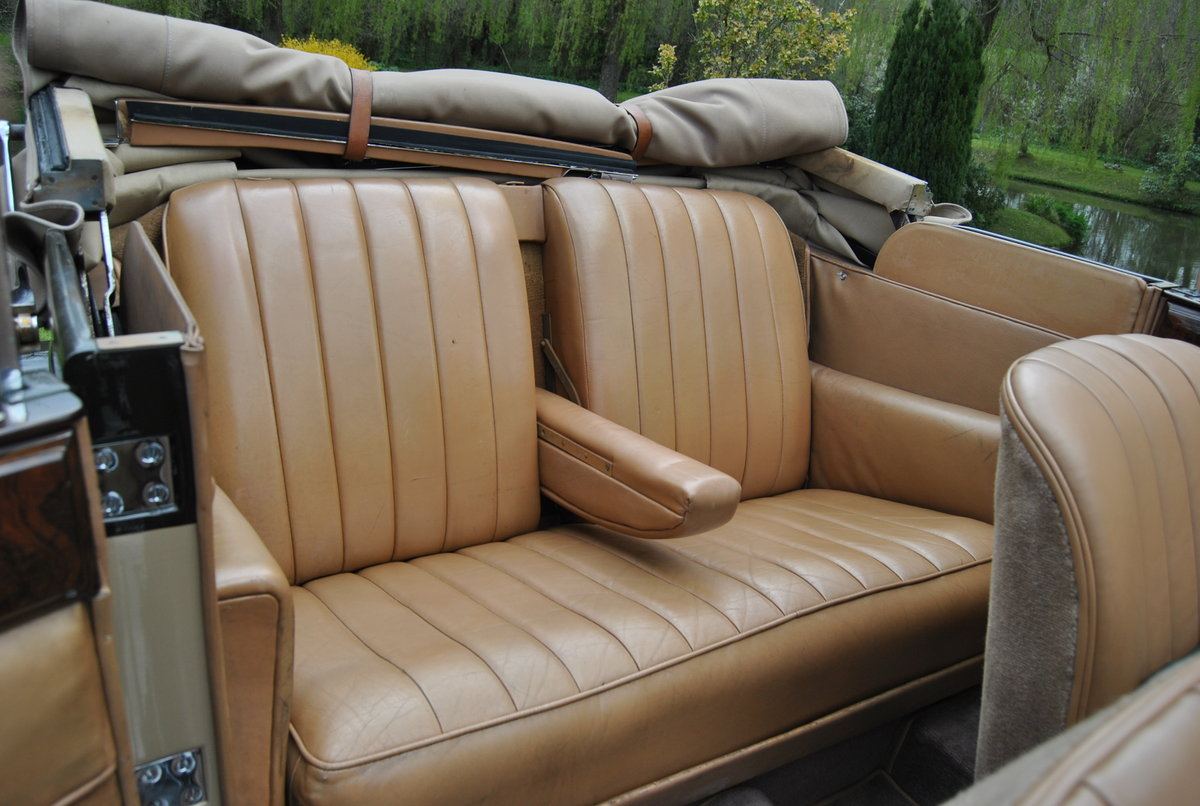 1933 ROLLS-ROYCE 20/25 THREE POSITION DROPHEAD COUPE BY VANDEN PL For Sale (picture 5 of 6)