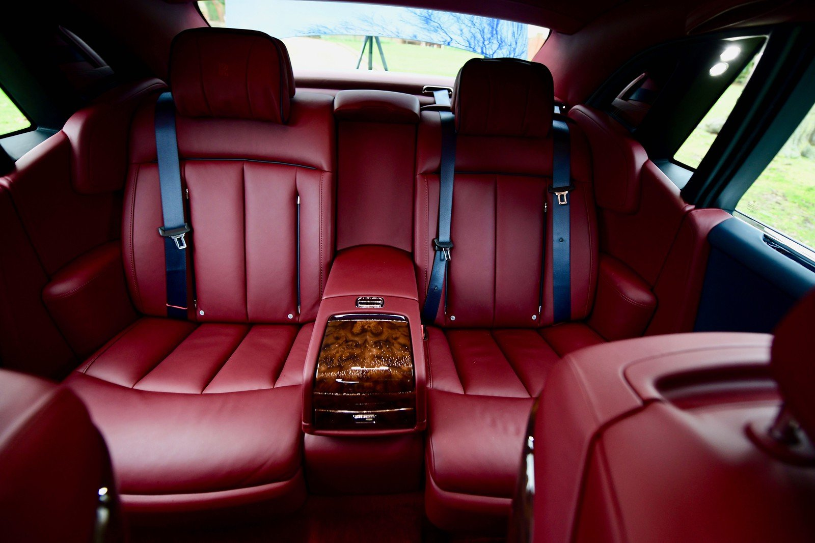 2019 Rolls Royce Phantom 8 For Sale (picture 5 of 6)