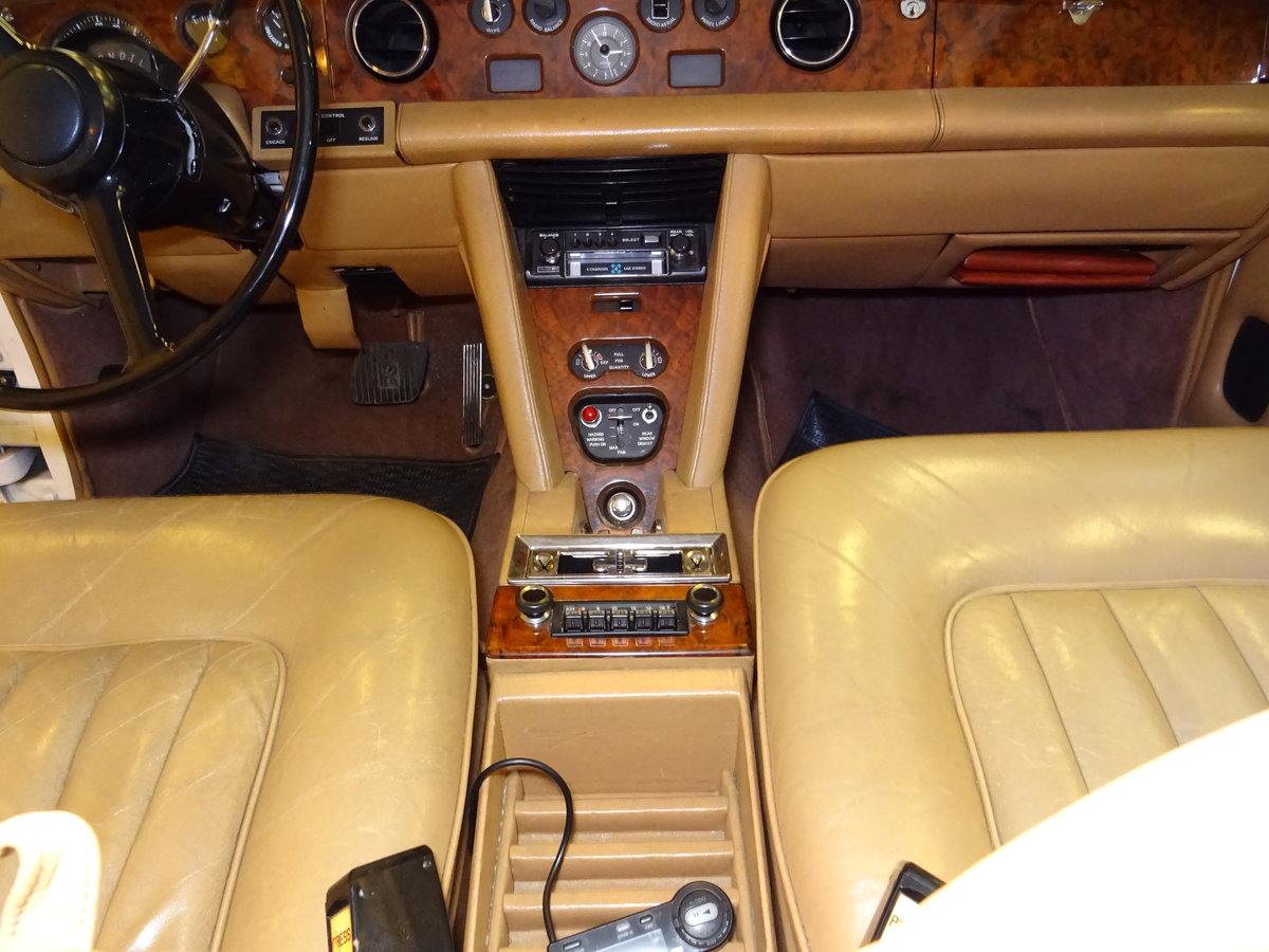 1975 Rolls-Royce Silver Shadow For Sale (picture 4 of 6)