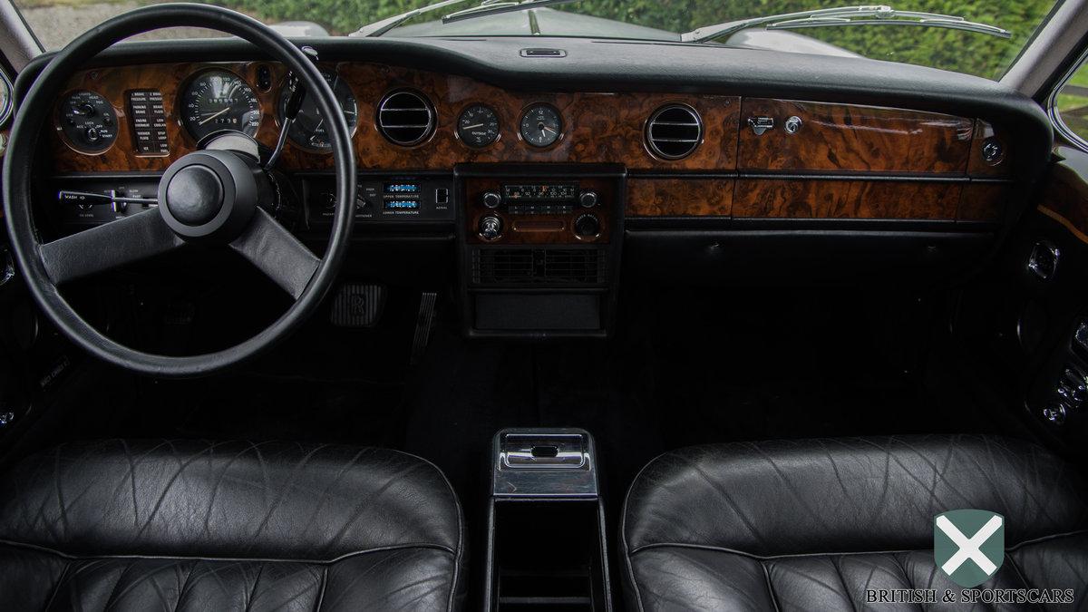Rolls-Royce Corniche Coupe Series 2 (1978) For Sale (picture 3 of 6)