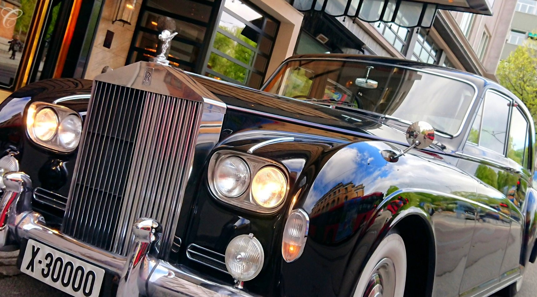 1964 Rolls-Royce Phantom V James Young For Sale (picture 1 of 6)