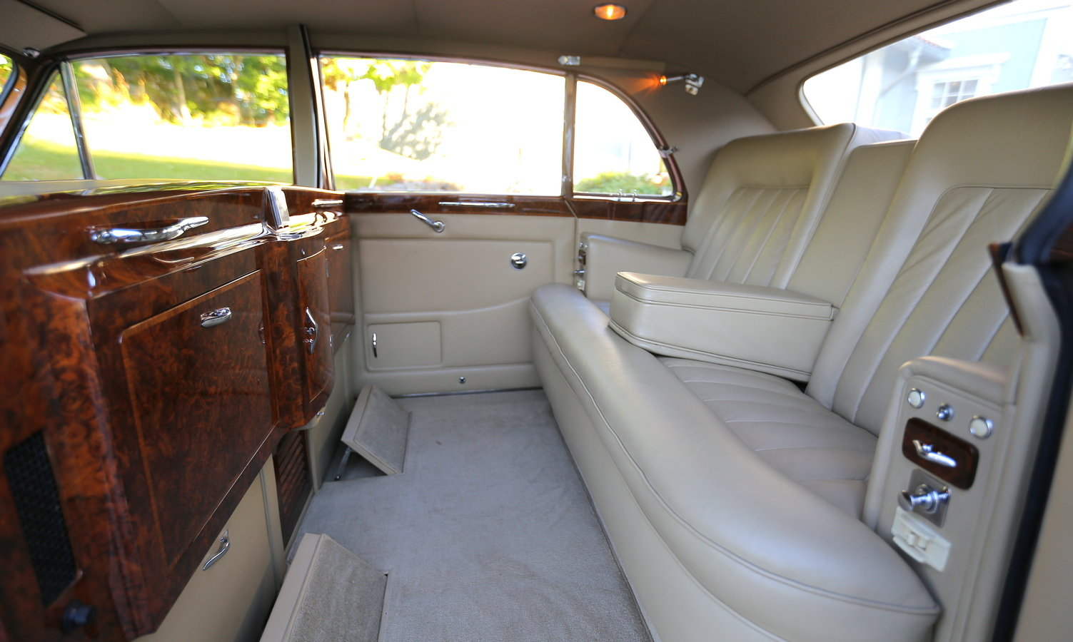 1964 Rolls-Royce Phantom V James Young For Sale (picture 3 of 6)