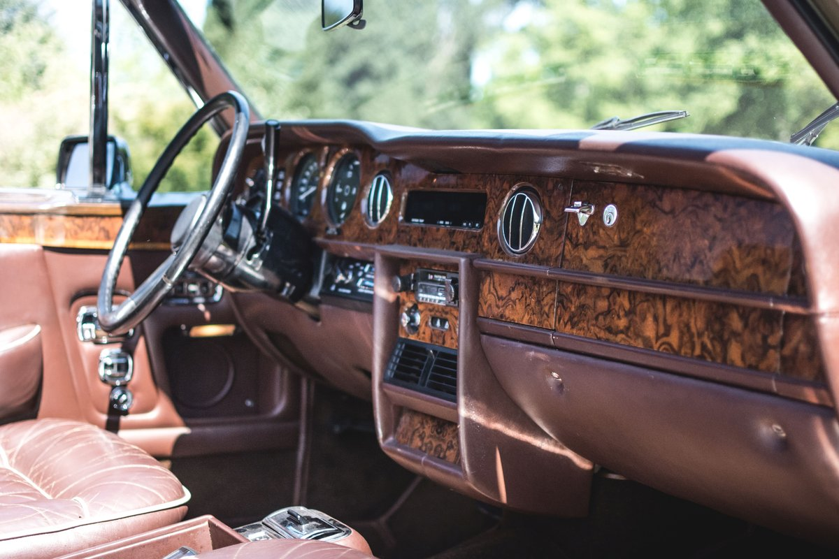 1982 Rolls-Royce Corniche cabriolet For Sale by Auction (picture 5 of 6)