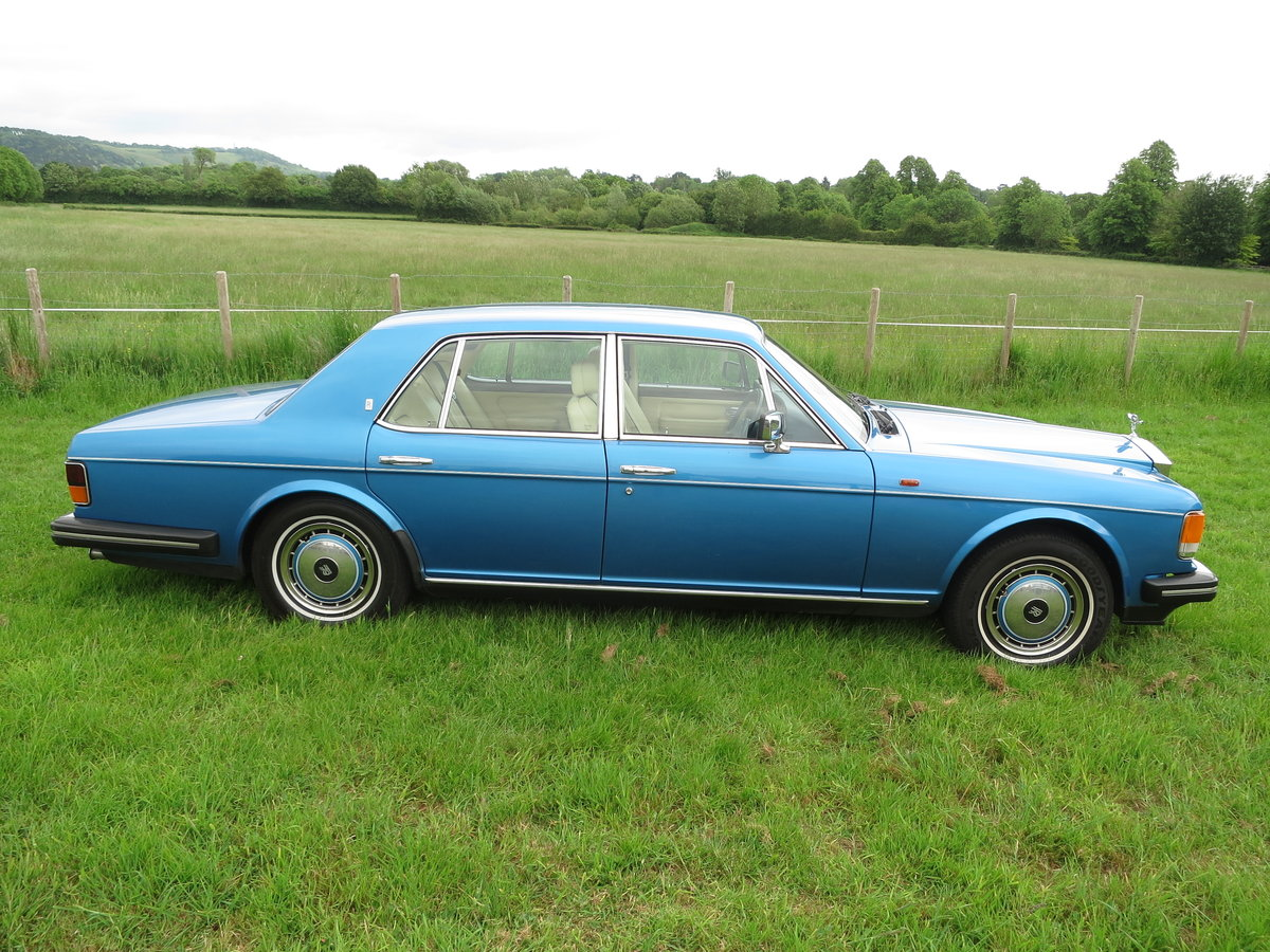 1990 Rolls-Royce Silver Spirit II SOLD (picture 2 of 6)