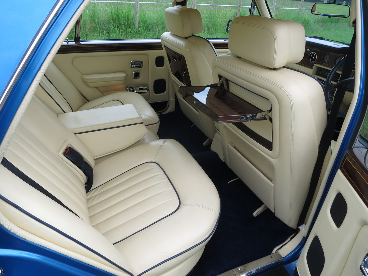 1990 Rolls-Royce Silver Spirit II SOLD (picture 4 of 6)