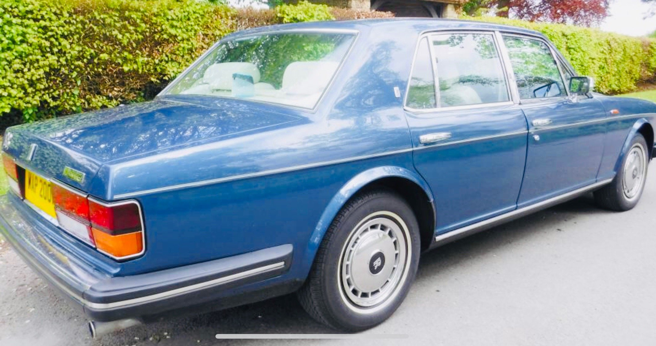 1991 91 SILVER SPIRIT II - VERY LOW MILEAGE, SUPERB CONDITION SOLD (picture 3 of 6)