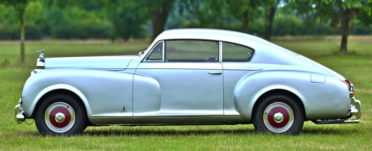 1951 Rolls-Royce Silver Dawn Fastback Coupé Coachwork by Pin For Sale (picture 2 of 6)