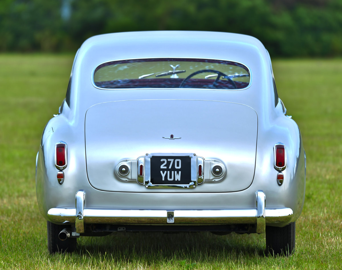 1951 Rolls-Royce Silver Dawn Fastback Coupé Coachwork by Pin For Sale (picture 4 of 6)