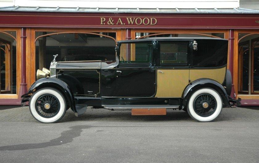 Rolls-Royce 20/25 1930 Sedanca De Ville by Frederick R. Wood For Sale (picture 2 of 4)