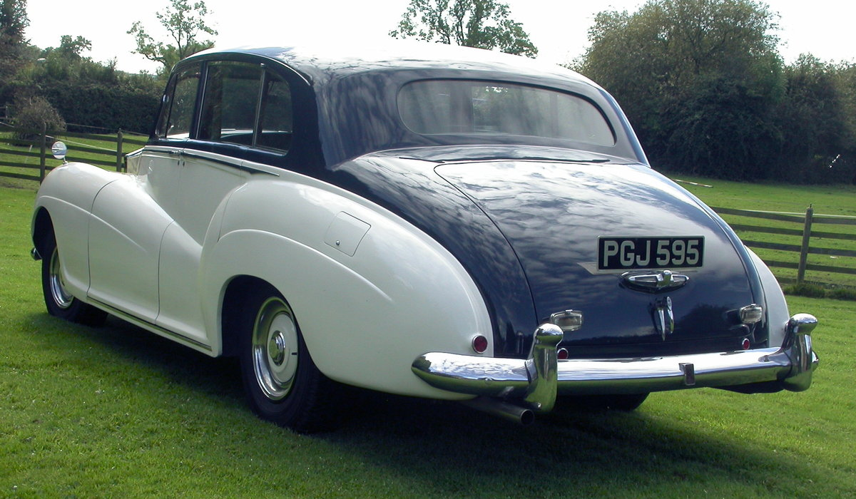 1954 Rolls-Royce Silver Wraith H J Mulliner For Sale (picture 3 of 6)