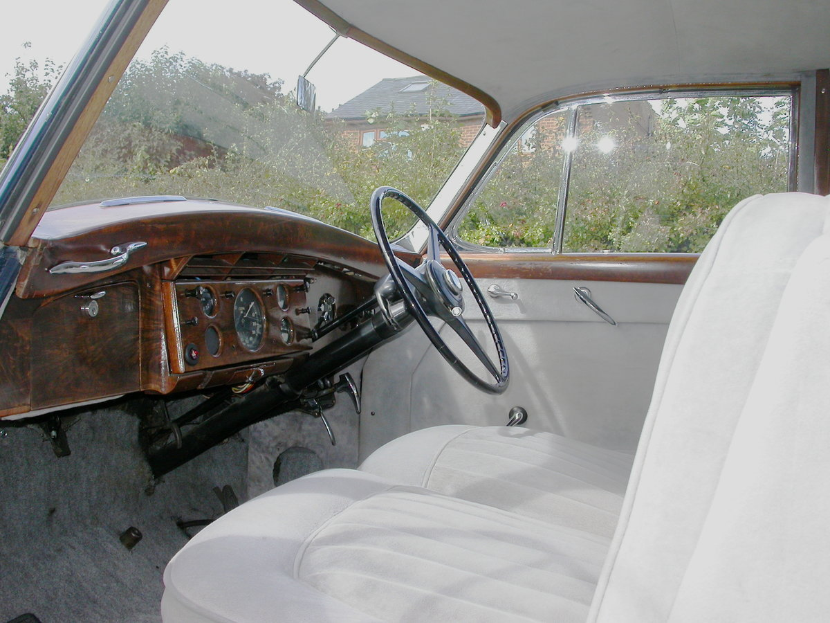1954 Rolls-Royce Silver Wraith H J Mulliner For Sale (picture 4 of 6)