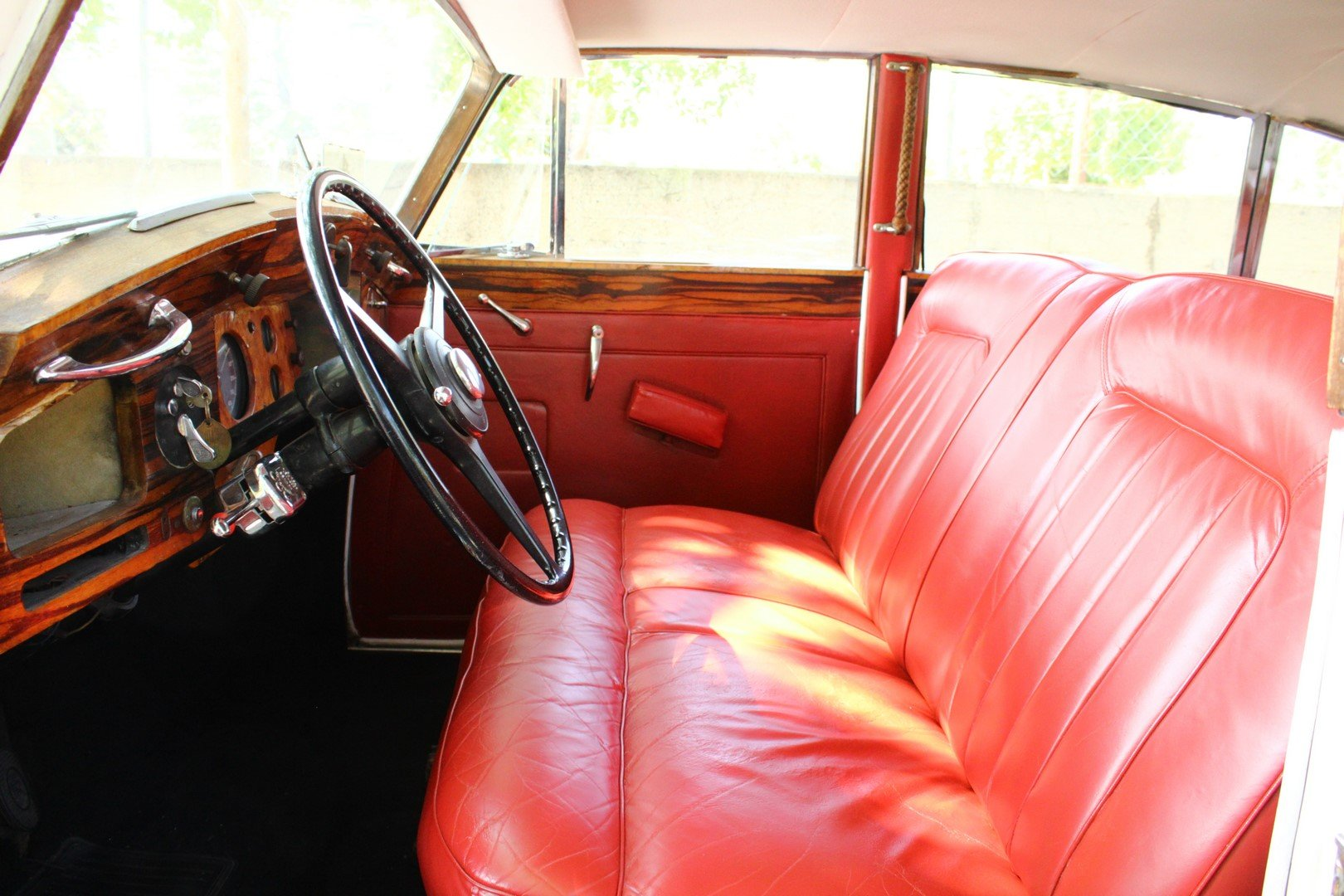 1950 ROLLS-ROYCE SILVER WRAITH For Sale (picture 3 of 6)