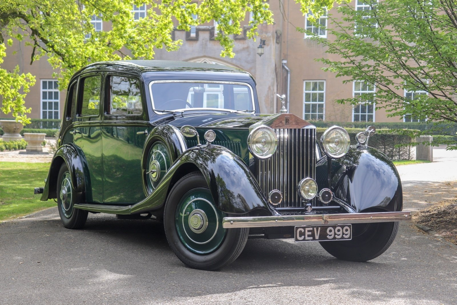 1935 Osbourne Bodied 4 Door 6 Light Sports Touring Saloon For Sale (picture 1 of 6)