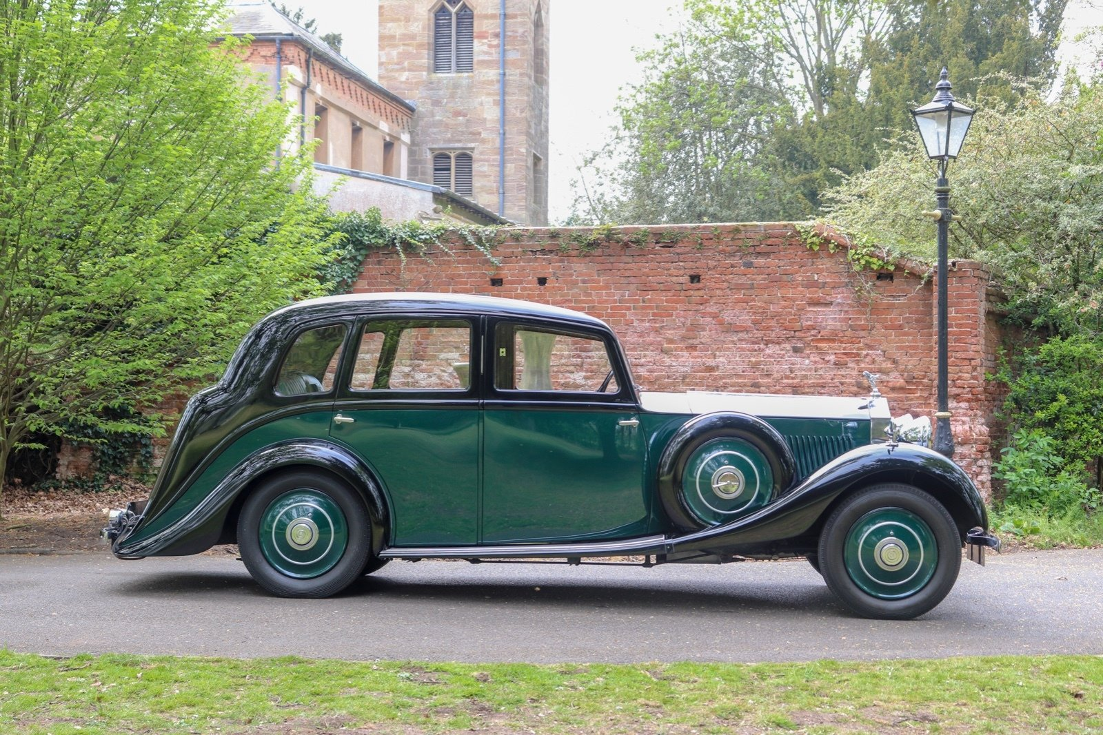 1935 Osbourne Bodied 4 Door 6 Light Sports Touring Saloon For Sale (picture 3 of 6)