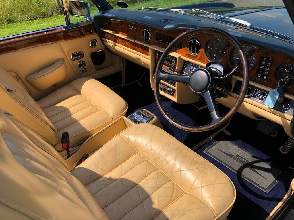 1982 Rolls Royce Corniche Convertible For Sale (picture 5 of 6)