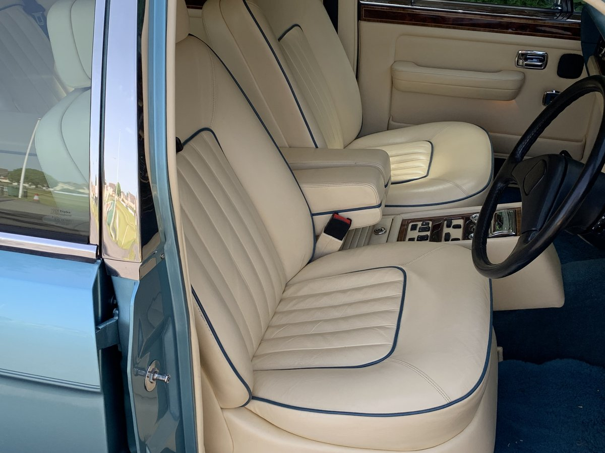 1989 Rolls Royce Silver Spirit. Only 20,000 Miles. For Sale (picture 4 of 6)