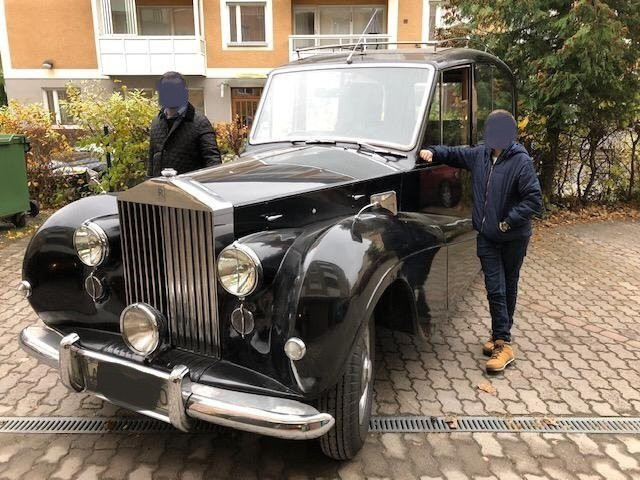 BEAUTIFUL 1952 SILVER WRAITH - ONE OWNER FOR LAST 39 YEARS For Sale (picture 1 of 6)