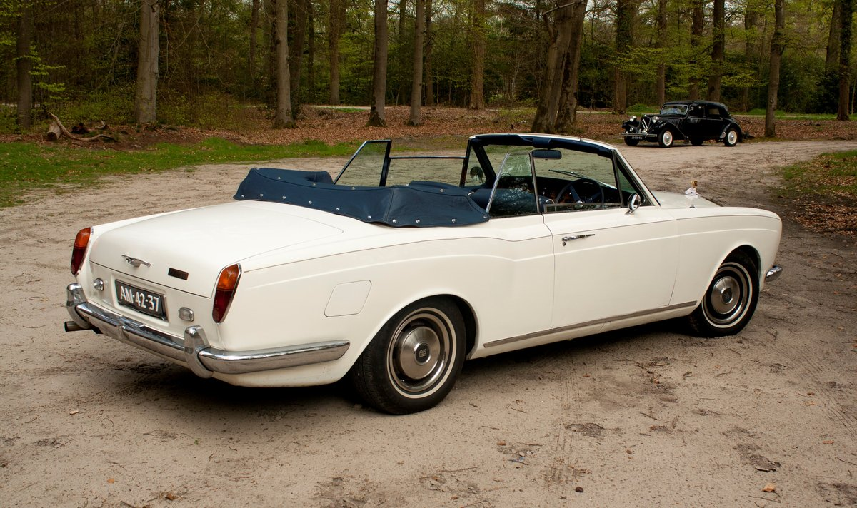 1971 Rolls Royce Corniche Convertible For Sale (picture 2 of 6)