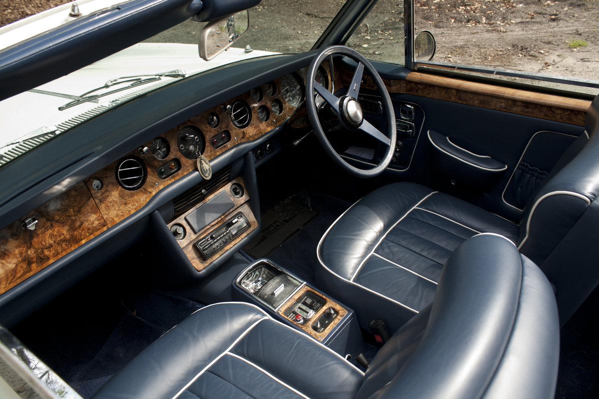 1971 Rolls Royce Corniche Convertible For Sale (picture 3 of 6)