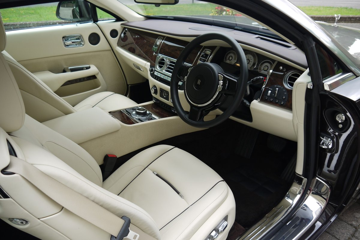 Rolls-Royce Wraith. March 2015 For Sale (picture 3 of 4)