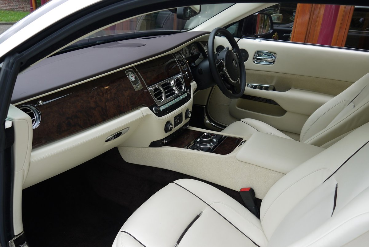 Rolls-Royce Wraith. March 2015 For Sale (picture 4 of 4)