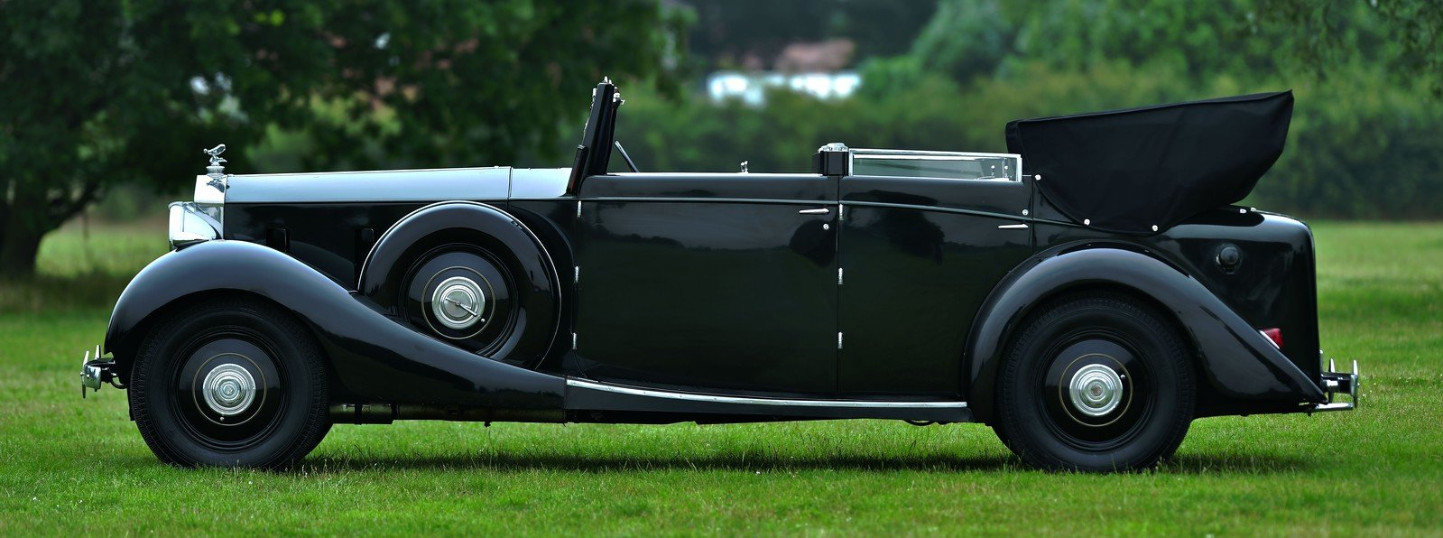 1938 Rolls-Royce Phantom III Four Light Cabriolet Coachwork  For Sale (picture 2 of 6)