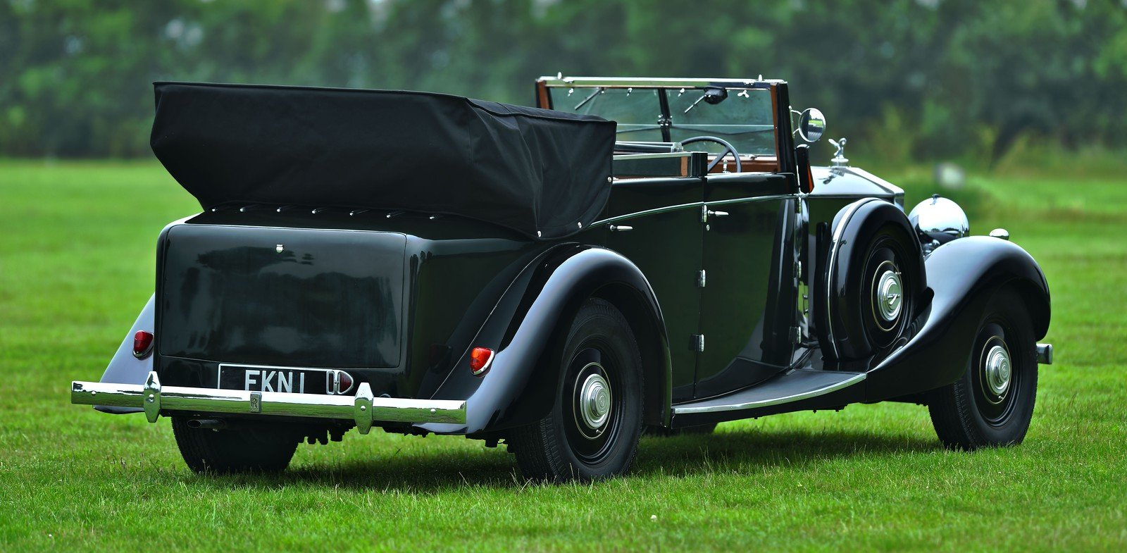 1938 Rolls-Royce Phantom III Four Light Cabriolet Coachwork  For Sale (picture 3 of 6)