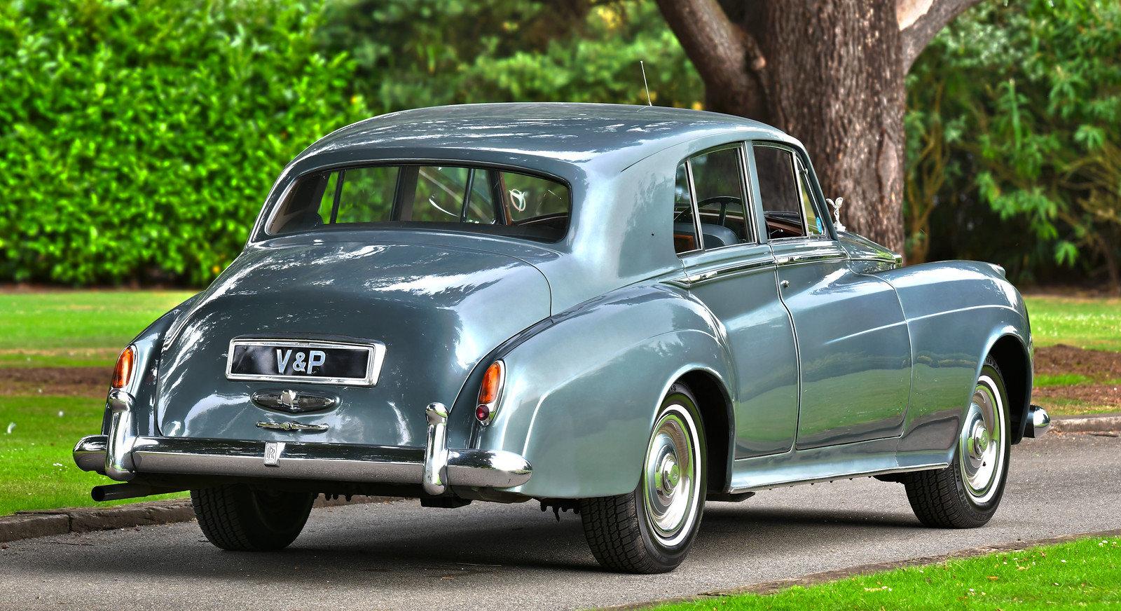 1958 Rolls-Royce Silver Cloud Standard Steel Saloon For Sale (picture 3 of 6)