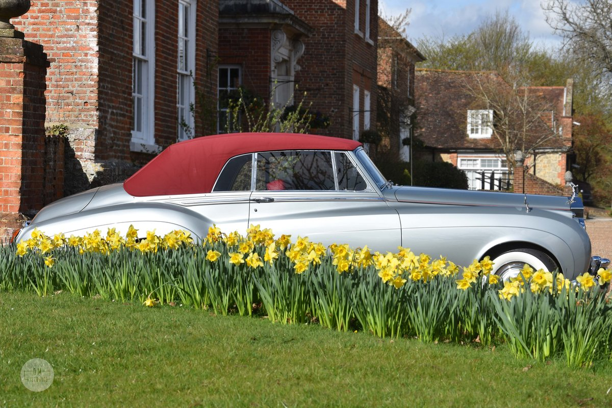 1960 Rolls-Royce Silver Cloud II DHC Restored For Sale (picture 3 of 6)