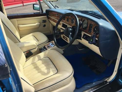 1984 Rolls Royce Silver Spirit II at Morris Leslie Auction SOLD by Auction (picture 3 of 6)