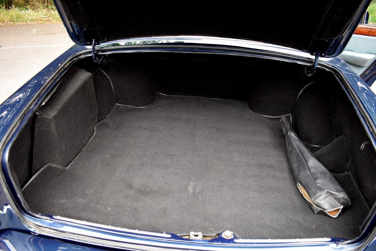 1979 T Rolls Royce Silver Shadow II in Seychelles Blue For Sale (picture 6 of 6)