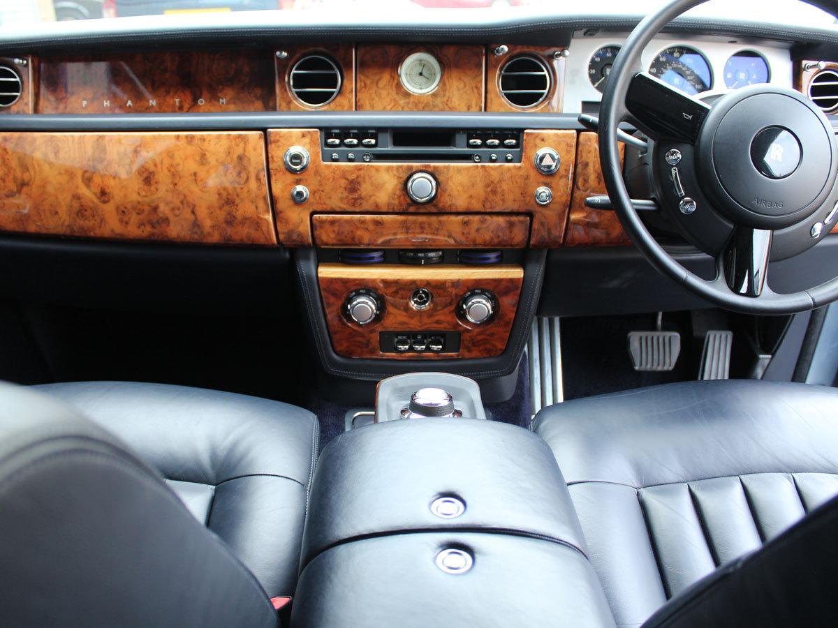 2004 ROLLS-ROYCE PHANTOM RHD FOR SALE IN LONDON For Sale (picture 12 of 20)