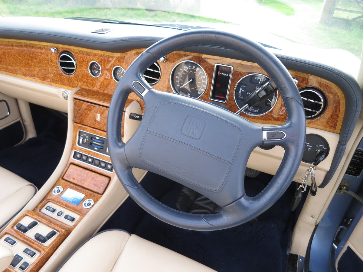 2002 Rolls-Royce Corniche Final series SOLD (picture 4 of 6)