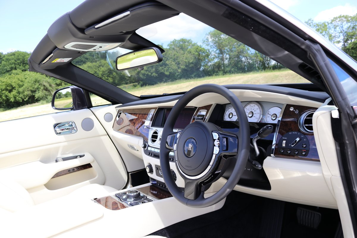 2016 ROLLS-ROYCE DAWN For Sale (picture 6 of 6)