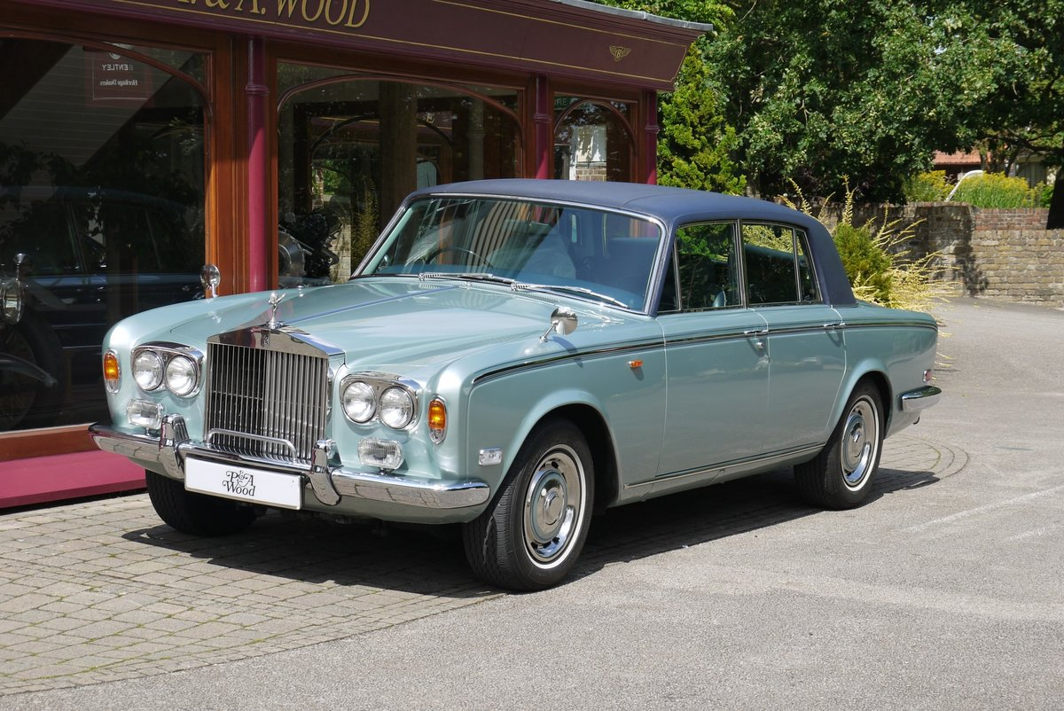 Rolls-Royce Silver Shadow. April 1977 For Sale (picture 1 of 4)