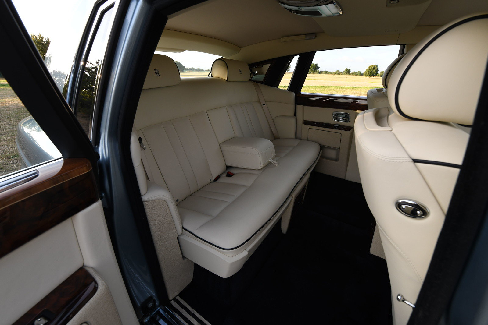 2016 Rolls Royce Phantom 7 For Sale (picture 5 of 6)