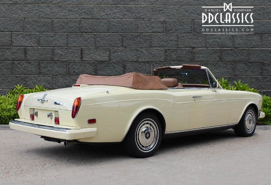 1991 Rolls-Royce Corniche III Convertible for sale in London For Sale (picture 3 of 24)