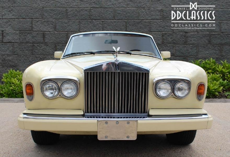 1991 Rolls-Royce Corniche III Convertible for sale in London For Sale (picture 7 of 24)