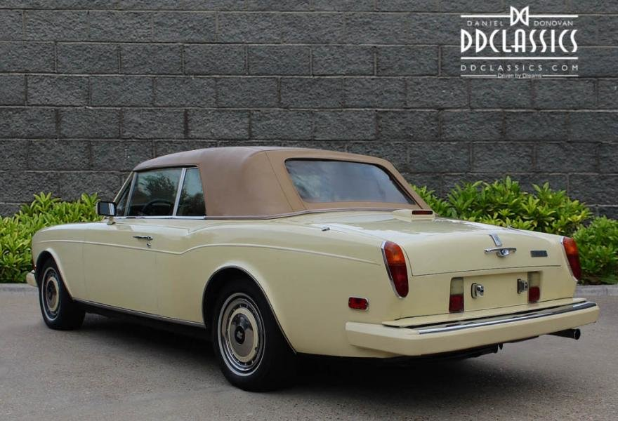 1991 Rolls-Royce Corniche III Convertible for sale in London For Sale (picture 11 of 24)