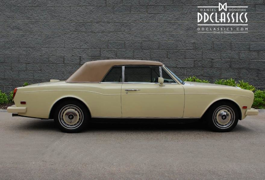 1991 Rolls-Royce Corniche III Convertible for sale in London For Sale (picture 12 of 24)