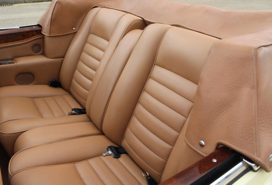 1991 Rolls-Royce Corniche III Convertible for sale in London For Sale (picture 22 of 24)