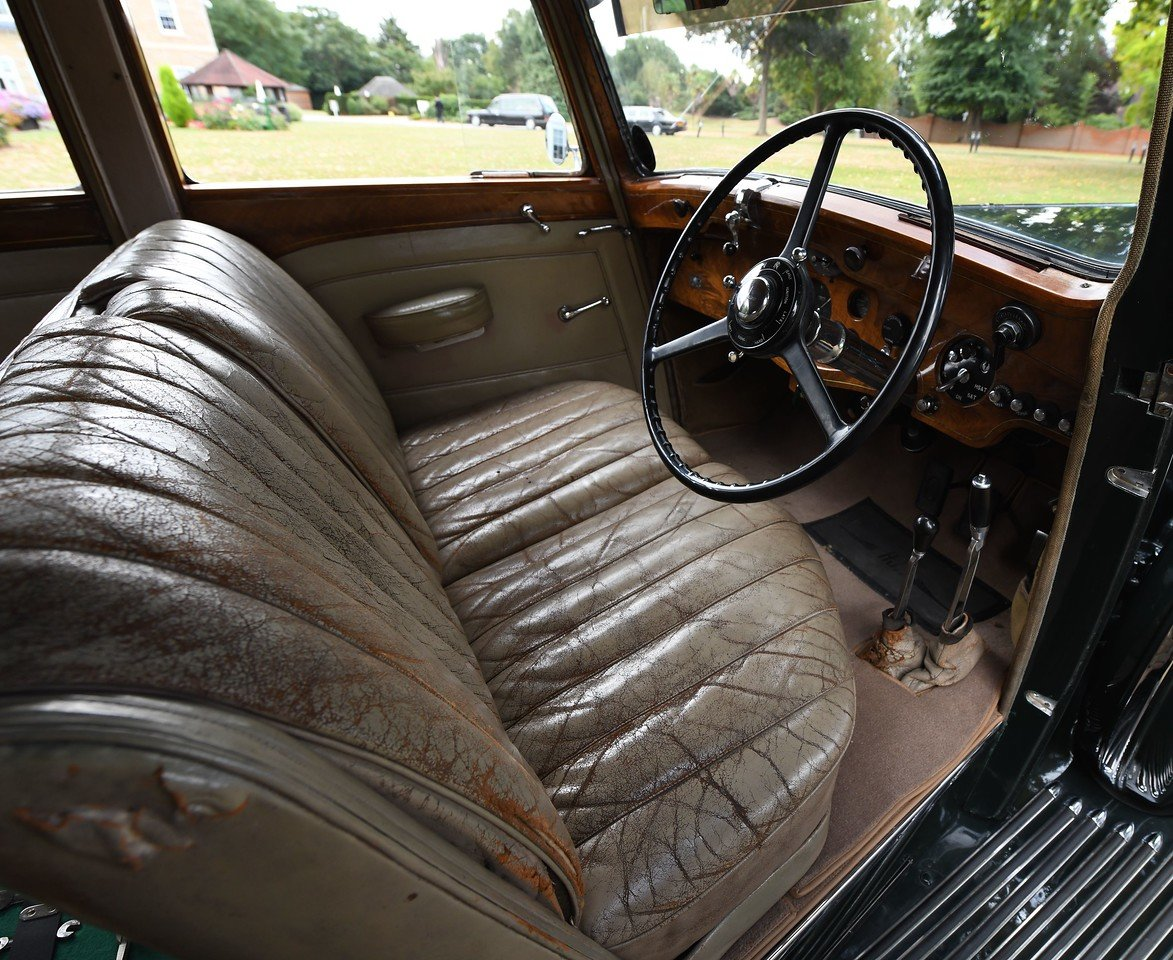 1938 Rolls Royce 25/30 H.J. Mulliner Saloon For Sale (picture 4 of 6)