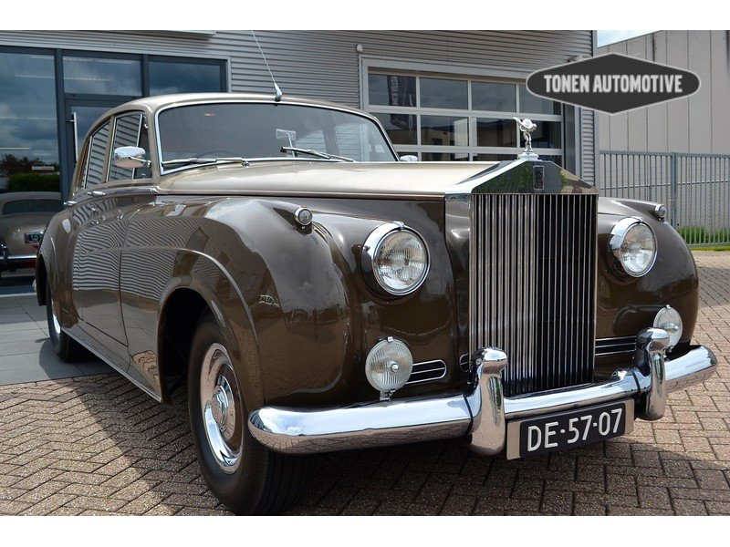 1957 Rolls-Royce Silver Cloud I Restored  For Sale (picture 1 of 6)