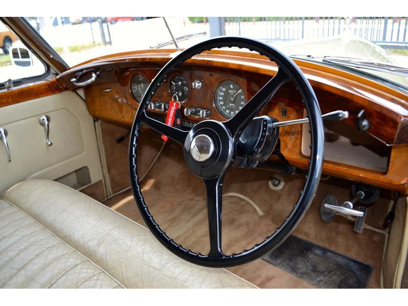 1957 Rolls-Royce Silver Cloud I Restored  For Sale (picture 4 of 6)