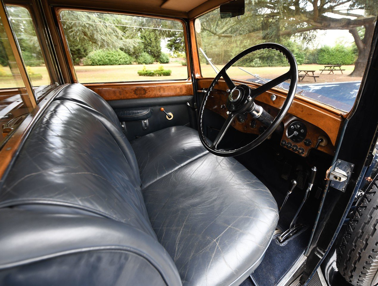 1937 Rolls-royce 25/30 Six Light Limousine Coachwork by Ripp SOLD (picture 4 of 6)