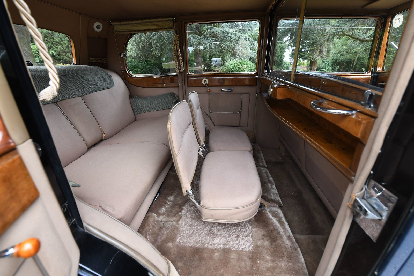 1937 Rolls-royce 25/30 Six Light Limousine Coachwork by Ripp SOLD (picture 5 of 6)