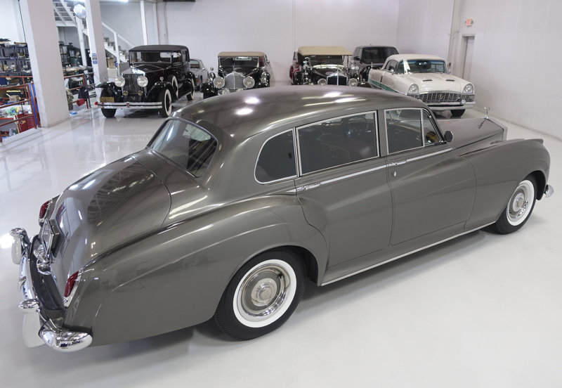 1961 Rolls-Royce Silver Cloud II Long Wheelbase Saloon For Sale (picture 2 of 6)