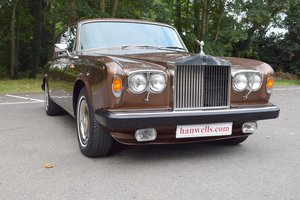 1980 V Rolls Royce Silver Shadow Series II in Walnut For Sale