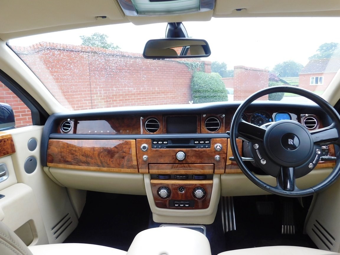 2005 Rolls Royce Phantom For Sale (picture 14 of 18)