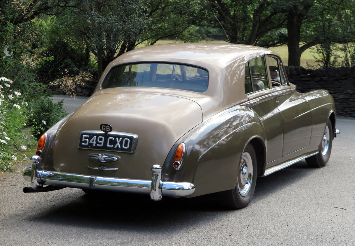 1961 Rolls-Royce Silver Cloud II Four Door Saloon SZD241 For Sale (picture 2 of 6)